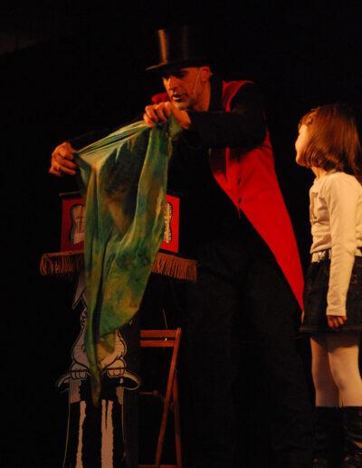 Struc-mago-amb-nens